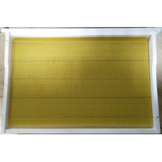 Рамка липовая в сборе 435х300 мм с нержавеющей проволокой и вощиной